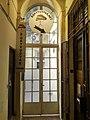 Könyvudvar - bejárat.jpg