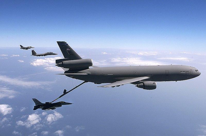 Archivo:KC-10 Extender (2151957820).jpg
