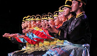 Dance in Indonesia - Ratoh Duek dance performance from Aceh