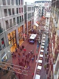 Kalverstraat van boven.jpg