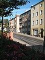 Kamienica z dwoma zwieńczeniami w ciągu ulicy Grunwaldzkiej.jpg