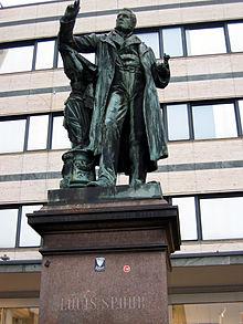 Spohrs Denkmal in Kassel, 1883 eingeweiht (Quelle: Wikimedia)