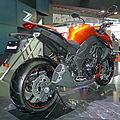 Kawasaki Z1000 right-rear 2011 Tokyo Motor Show.jpg