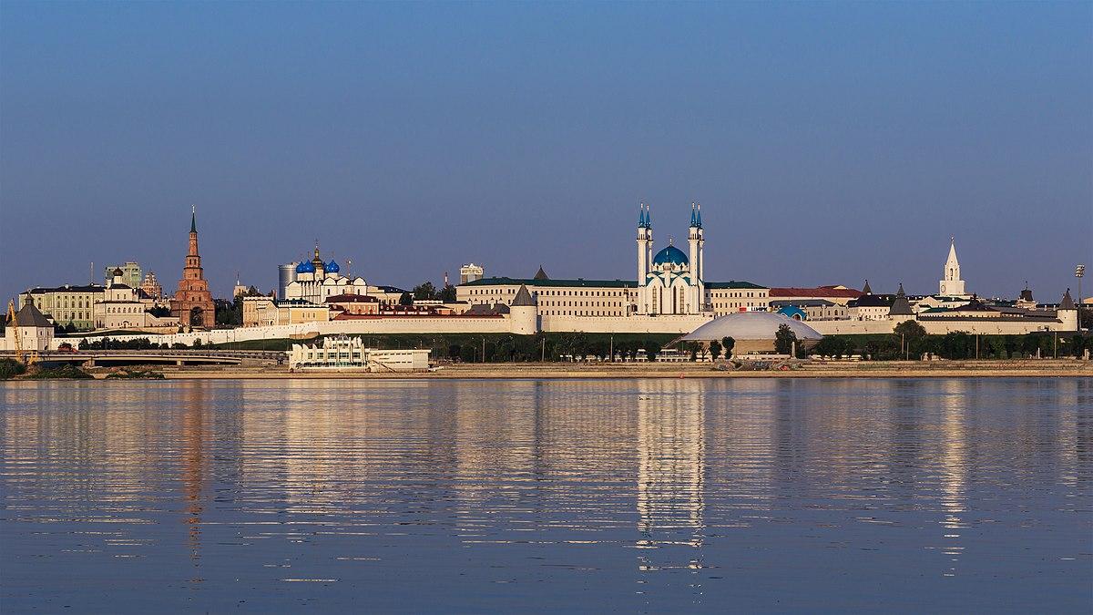 Kazan Kremlin exterior view 08-2016 img3.jpg