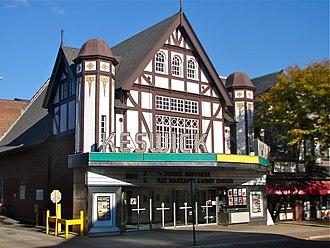 Horace Trumbauer - Keswick Theatre.