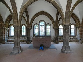 Arnsburg Abbey - Gothic chapter hall with war memorial