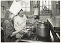 Kookles in het restaurant Peter Cuyper gevestigd in de voormalige Bank van Lening, Kleine Houtstraat 70. NL-HlmNHA 54031856.JPG