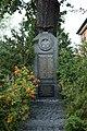 Kriegerdenkmal Proschim an der Kirche.jpg