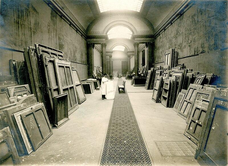 File:L'évacuation des oeuvres du Palais des Beaux-Arts de Lille à Bruxelles pendant la guerre 1914-1918.jpg
