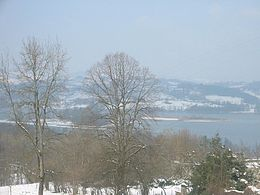 Lac d'Aiguebelette (73) 260px-Lac_aiguebelette_hiver_2005