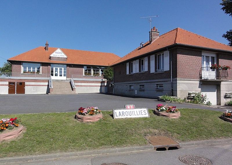 Larrouillies (Nord, Fr) mairie, salle des fêtes