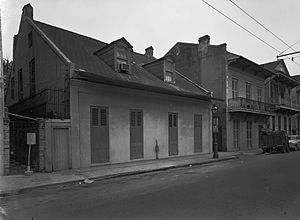 Creole architecture in the United States - Latour and Laclotte's atelier, the urban form of a Creole cottage in New Orleans.