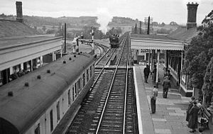 Ledbury railway station - The station in 1958, with the branch to Gloucester leaving the main line on the left