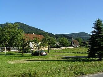 Lhotka (Frýdek-Místek District) - Image: Lhotka, domy 01