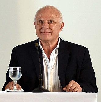 Miguel Lifschitz - Image: Lifschitz en Quinta de Olivos (cropped)
