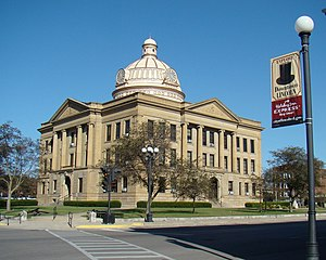 Lincoln Courthouse Square Historic District - Logan County Courthouse