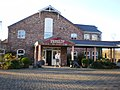 Lion Quays Hotel - geograph.org.uk - 1080139.jpg