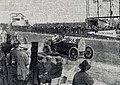 Louis Wagner devant les stands, Grand Prix de l'ACF 1912.jpg