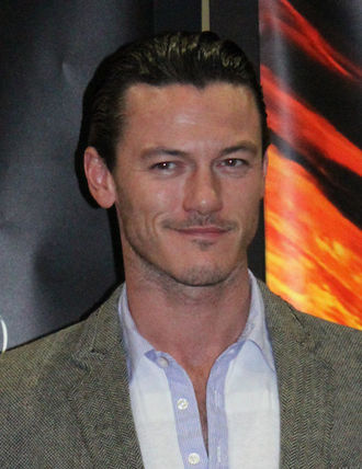 Luke Evans (actor) - Evans at the 2011 WonderCon