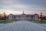 Münster, Fürstbischöfliches Schloss -- 2014 -- 6769-71 (retouched).jpg