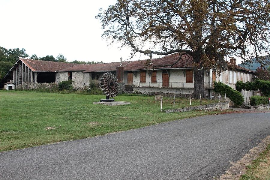 Maison natale d'Aristide Bergès et ancienne papeterie de Prat du Ritou.