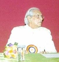 Majrooh Sultanpuri & Ubaid Azam Azmi(cropped on Majrooh Sultanpuri).jpg