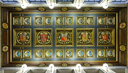 The Ceiling in the entrance Manchester Central Library Ceiling - panoramio.jpg