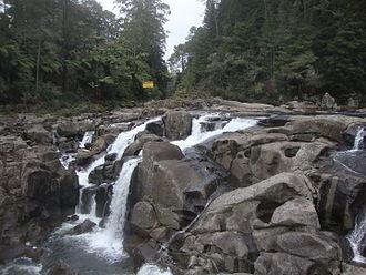 Mangapapa River (Bay of Plenty) - Mangapapa River at McLaren Falls, at the confluence with the Mangakarengorengo River