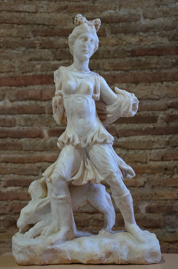 File Marble Statuette Of Artemis Kynegetis With A Dog