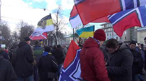 March in memory of Boris Nemtsov in Moscow (2016-02-27) 013.jpg