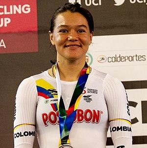 Martha Bayona plata en Keirin en la Copa Mundo de Pista - Cali 2017.jpg