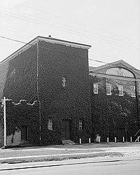 Masonic Temple, Hancock & Johnson Streets, New Bern (Craven County, North Carolina).jpg