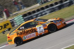 Matt Neal 2006 BTCC Brands Hatch.jpg