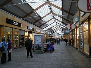 Bridgend Designer Outlet - Image: Mc Arthur Glen Outlet Village. geograph.org.uk 1654811