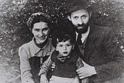 "Menahem Begin during his ""Rabbi Sassover"" period with wife Aliza and son Benyamin-Zeev in Tel Aviv"