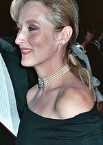 150px-Meryl_Streep_%282071470089%29_%28cropped%29.jpg