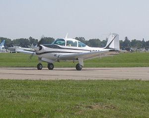 Meyers 200 - A Aero Commander 200D Taxiing