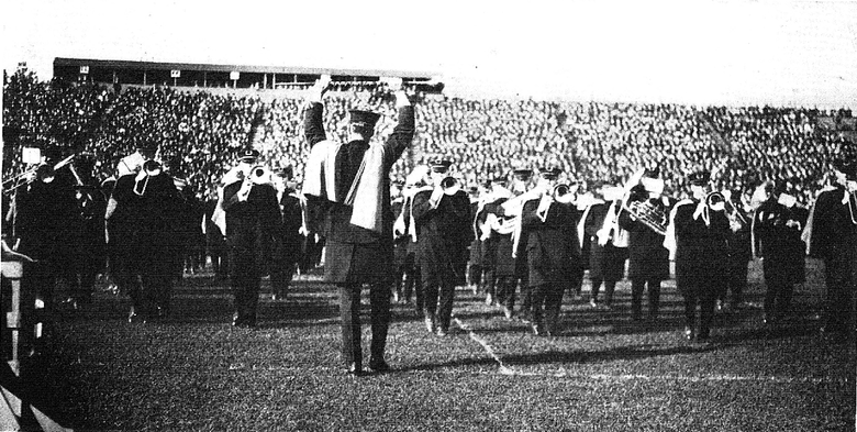 Michigan Marching Band performs Yellow and Blue at halftime of the Chicago game, 1920