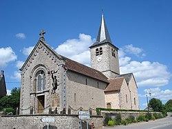 Millay (Nièvre, Fr), église et monument aux morts.JPG
