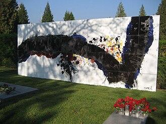 Edo Murtić -  Edo Murtić artwork at the Mirogoj Cemetery