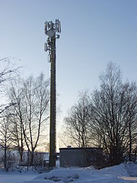 Mobile phone base station 2010 12 30 165211 PC304165.jpg