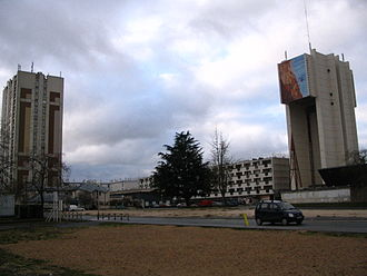 Montereau-Fault-Yonne - John XXIII Square, in Surville.