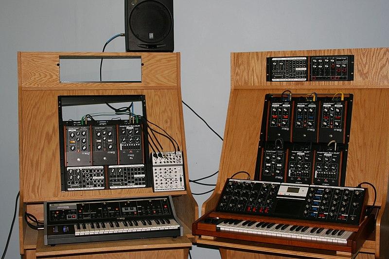Moog Music products in 2007.jpg