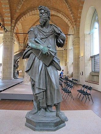 Saint Luke (Giambologna) - Image: Museo di orsanmichele, giambologna, san luca 02
