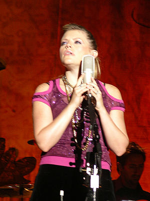 Natalie Maines - Maines in Glasgow 2003
