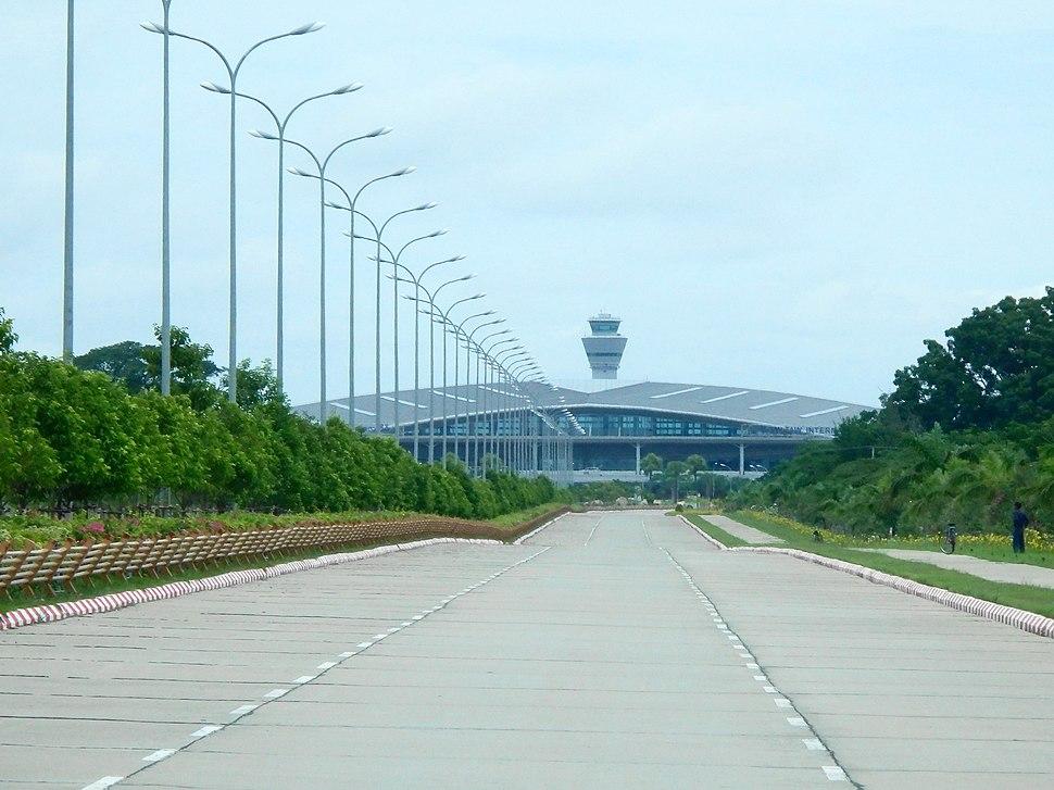 Naypyidiaw Airport - panoramio