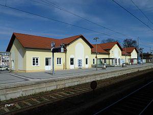 Neustrelitz Hauptbahnhof - Station building