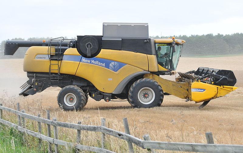 File:New Holland CX8070.jpg