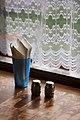 New Zealand - Salt shakers and napkins - 8695.jpg