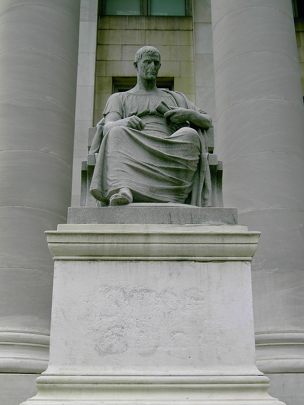 Newhavenstructure2-statue